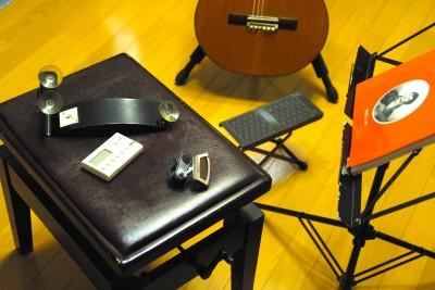 ギターレッスンを受けるのに必要な小物
